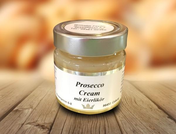 Prosecco-Creme mit Eierlikör